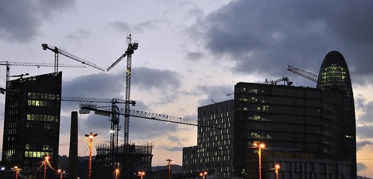La absorción de oficinas en Barcelona cae un 60% en el primer semestre