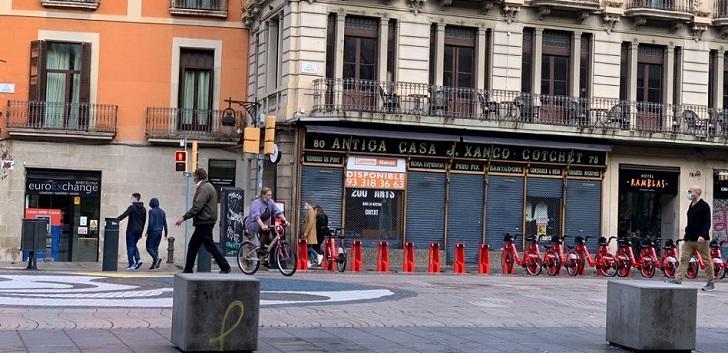 El Ayuntamiento de Barcelona comprará locales vacíos por 16 millones de euros
