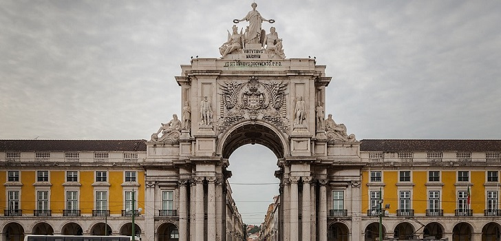 Portugal reabre el comercio de hasta 200 metros cuadrados y en calle