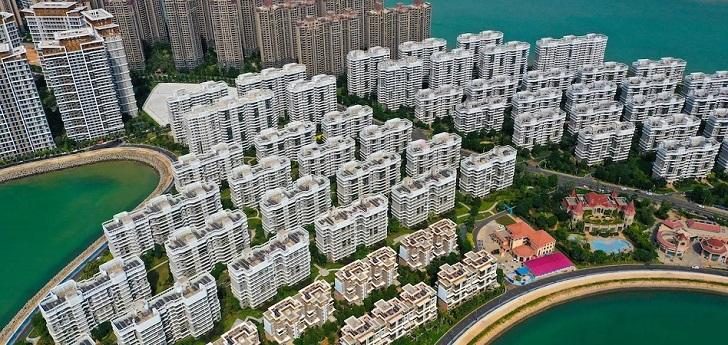 Evergrande vende un 20% de un banco chino para reducir su deuda