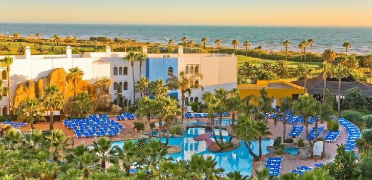 Pontegadea compra el hotel Senator Playaballena de Rota por 25 millones