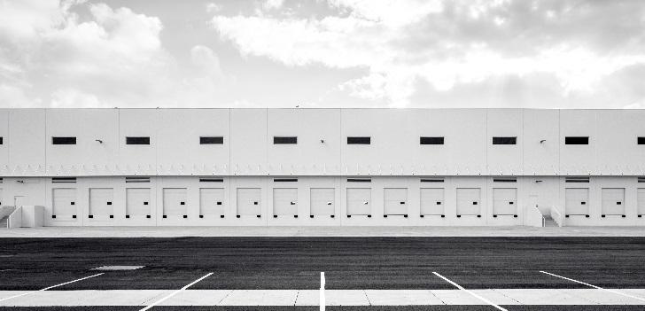 Maxcolchón se hace con una nave industrial de 26.500 metros cuadrados en Valencia