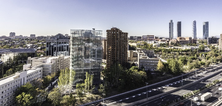 Invesco exprime su inversión en Torre Spínola: sella tres nuevos inquilinos y llega al 70% de ocupación