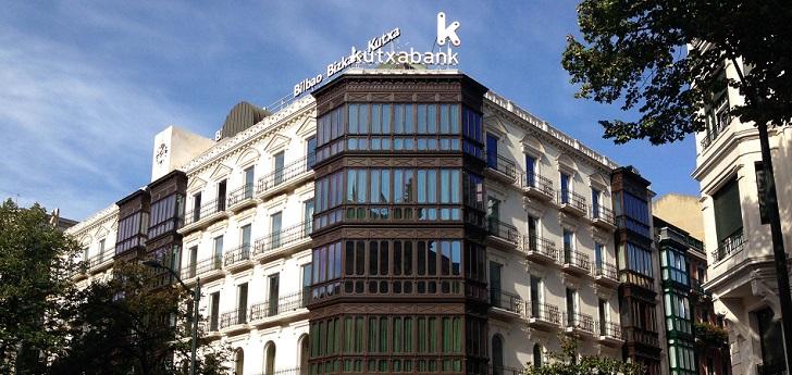 Kutxabank reactiva su presencia en el 'real estate': prepara la venta de 700 millones en suelo residencial