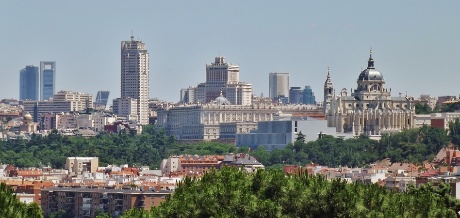 El Ministerio de Defensa saca a subasta el solar del antiguo Hospital del Aire en Madrid