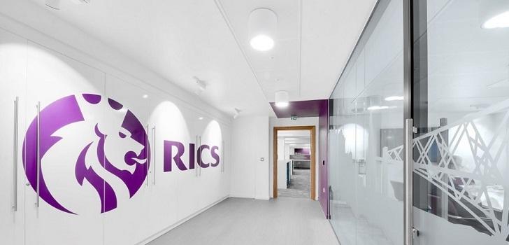 Rics ficha un nuevo presidente de su consejo y renueva su cúpula en España