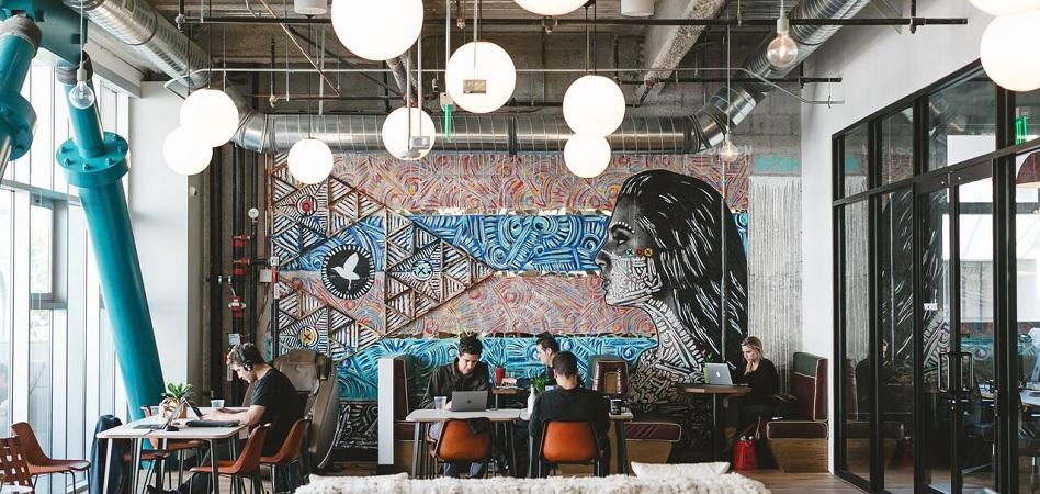 El 'coworking' deja huérfanas a las oficinas pequeñas del centro de las ciudades