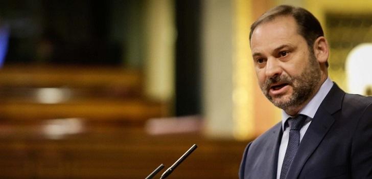 El Gobierno aprueba una moratoria y rebaja de rentas para locales de grandes tenedores