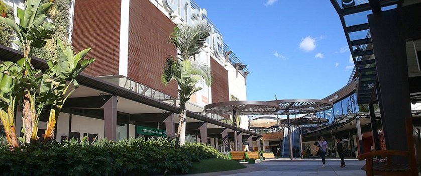 La ruta de los 'malls': Valencia, el territorio de los parques de medianas