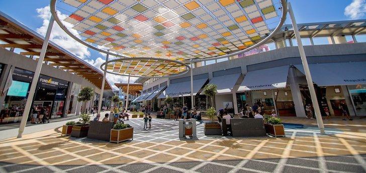 La ruta de los 'malls': Canarias, donde los centros comerciales baten 'al high street'
