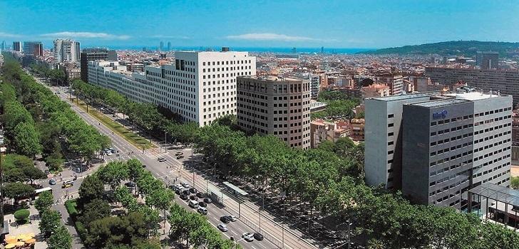 El Ayuntamiento de Barcelona ordena parar las obras privadas en la calle