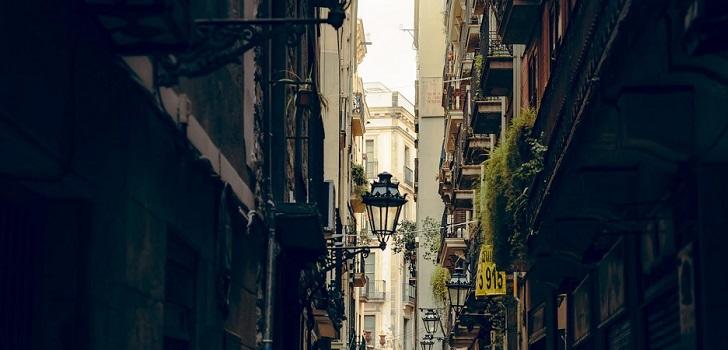 El 40% de los pisos turísticos de Madrid y Barcelona han pasado al alquiler tradicional