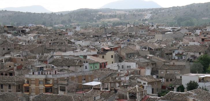 De Caravaca de la Cruz a Oliva: dónde sube más y baja más el valor de los pisos