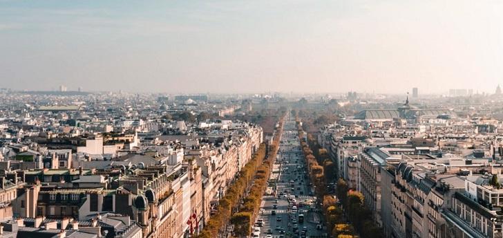 Lavado de cara a los Campos Elíseos: el eje 'prime' de París, más verde y más peatonal