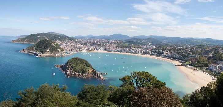 Ciudad de ricos y pequeño comercio: San Sebastián resiste el envite del coronavirus