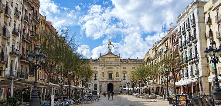 Tarragona y Granada lideran la caída de operaciones, y Sevilla, la de precios
