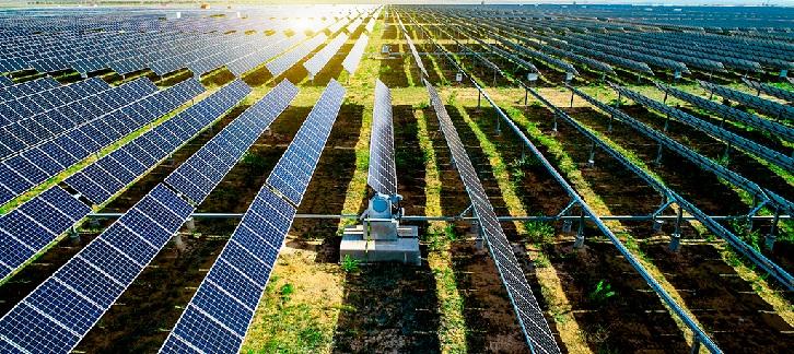 Colliers entra en renovables con una alianza con Sólida Energías Renovables