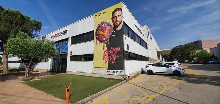 Intersport pone en venta su sede central y plataforma logística en Barcelona