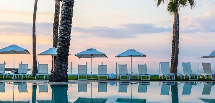 Stoneweg invierte diez millones de euros en reformar un complejo hotelero en Menorca