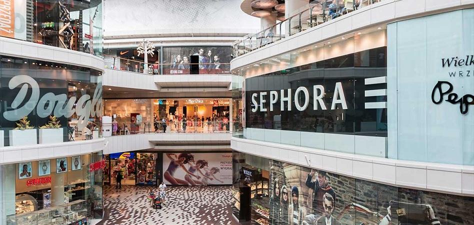 Los centros comerciales cierran 2020 con una caída de ventas del 29% y aplazan la recuperación hasta 2022