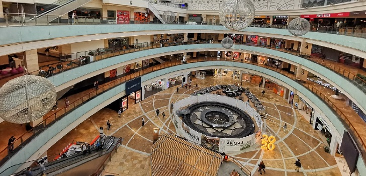 La afluencia a los centros comerciales aumenta un 4,5% en agosto