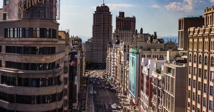 La pandemia vacía las calles: 'vacancy' del 13% en 'prime' en Madrid y Barcelona