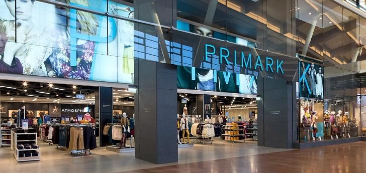 La moda busca 'casa' para su stock: Primark negocia almacenes temporales para sus prendas