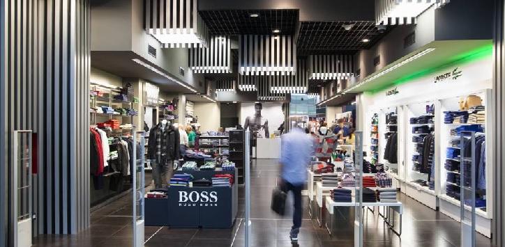 Oxígeno para el 'travel retail': Aena propone reducir un 50% las rentas