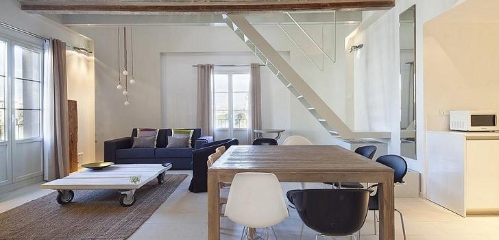 La oferta de pisos turísticos se reduce un 62% en Barcelona desde marzo