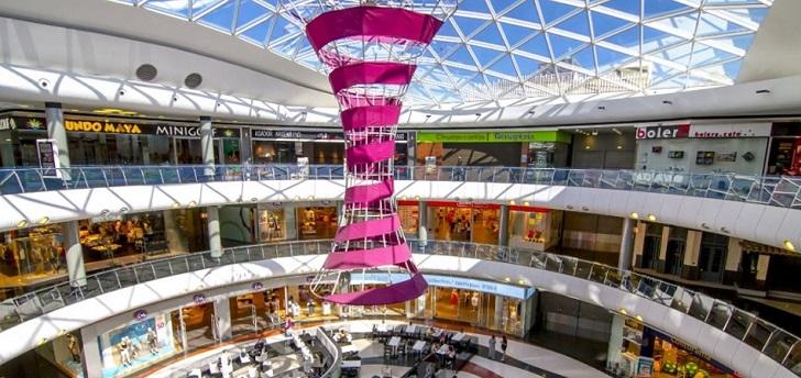 Merlin hunde su beneficio un 72,9% por la devaluación en sus centros comerciales
