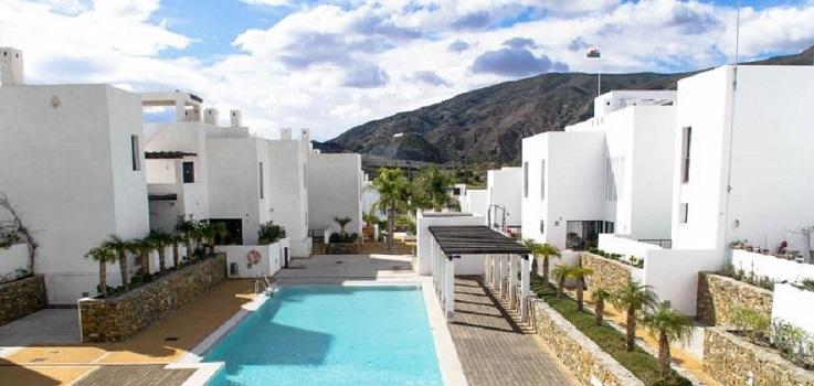 Sareb saca al mercado un complejo residencial en Almería