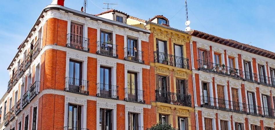Barcino sube su apuesta por el residencial: compra una veintena de activos en Barcelona por 2 millones