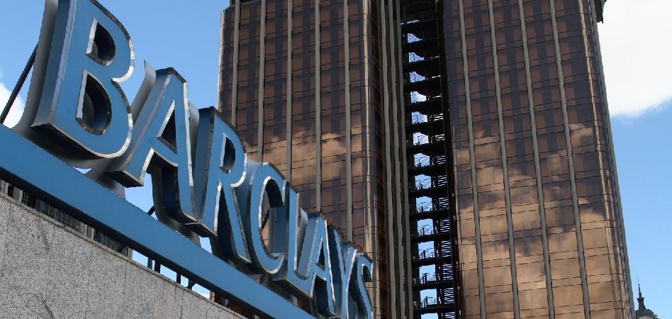 El brazo inversor de cbre compra el edificio de barclays for Barclays oficinas madrid
